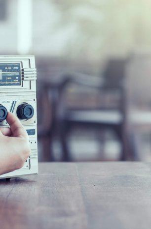 Spots de Rádio: veja 3 campanhas que ficaram para história!