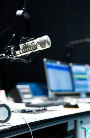 5 dicas essenciais para montar um estúdio de rádio web