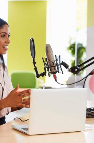 Como fazer uma transmissão ao vivo de rádio? Entenda!