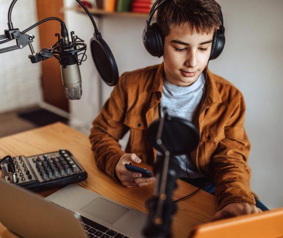 Como montar uma rádio escolar?